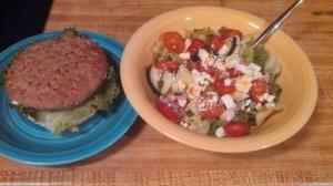 Burger & salad.  662 cal.